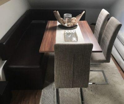 Esstisch mit Eckbank Stühle